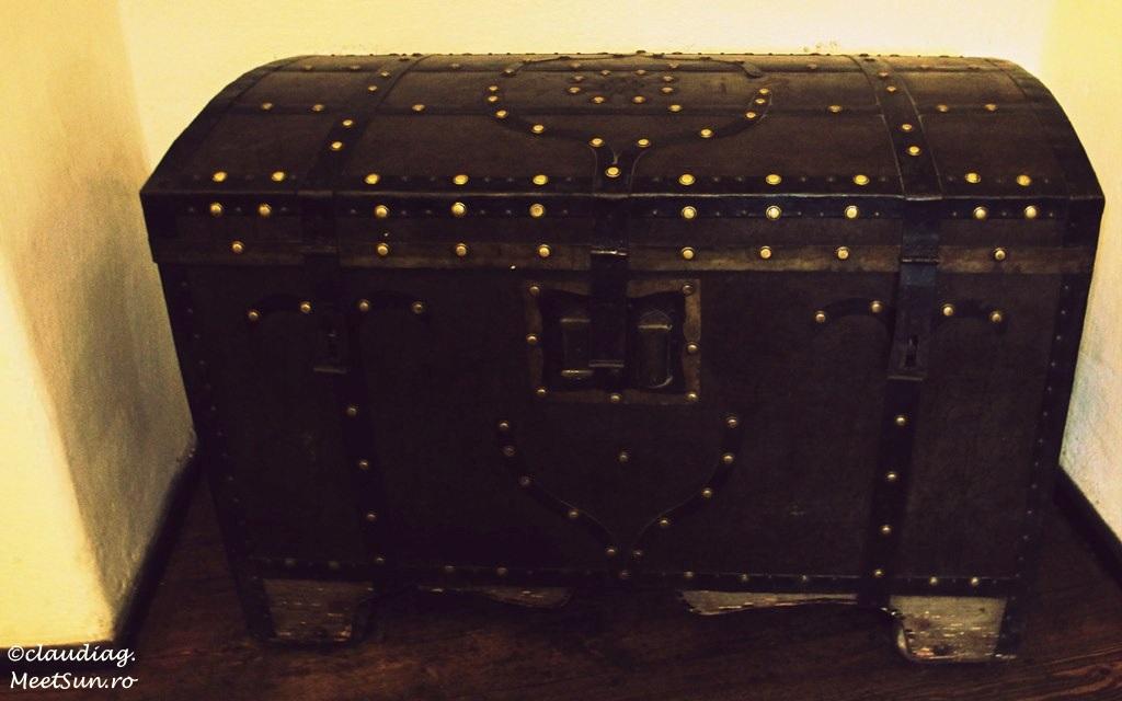 cufar, lada de zestre, cutie de lemn